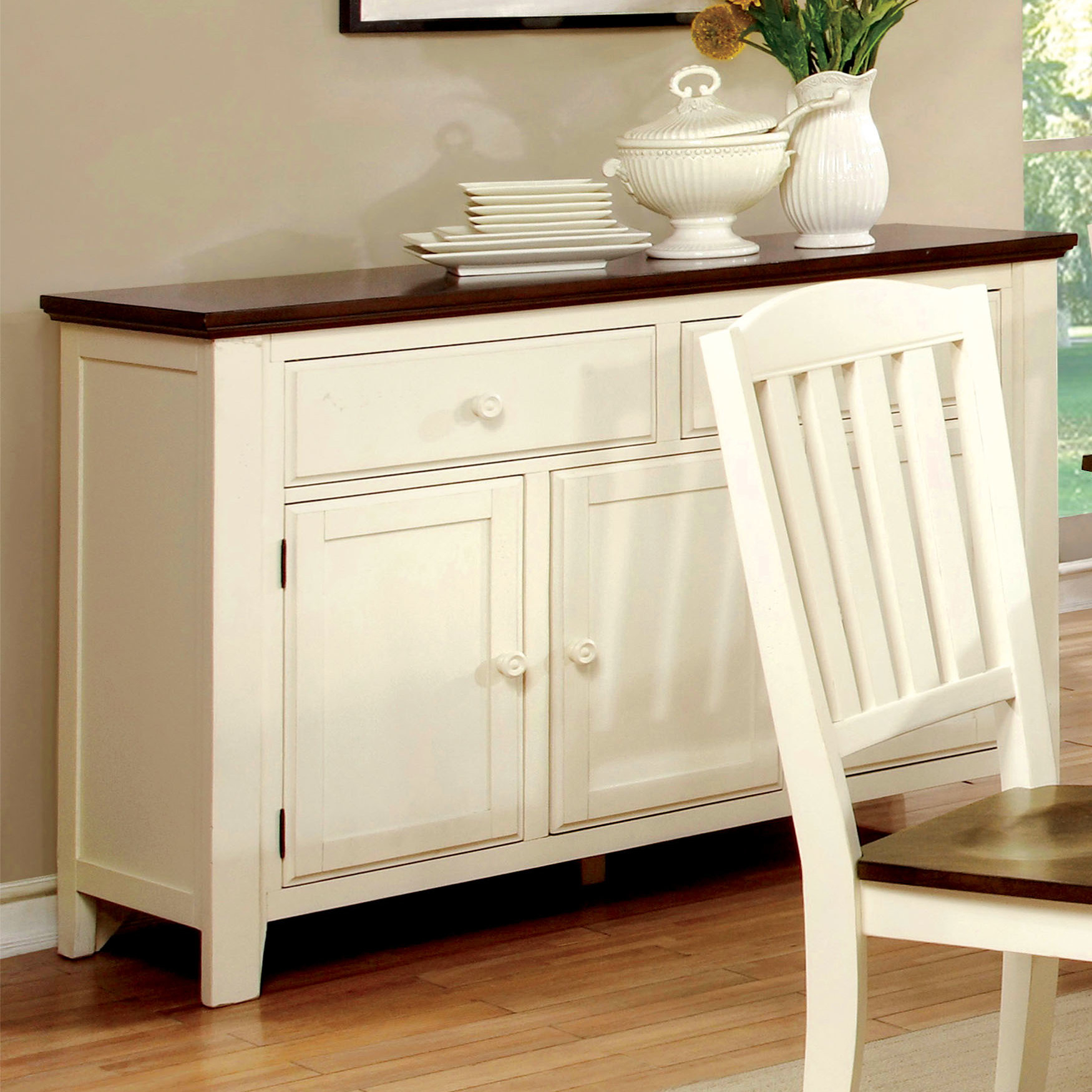 Laureus Dining Sideboard Pertaining To Best And Newest Pineville Dining Sideboards (#8 of 20)