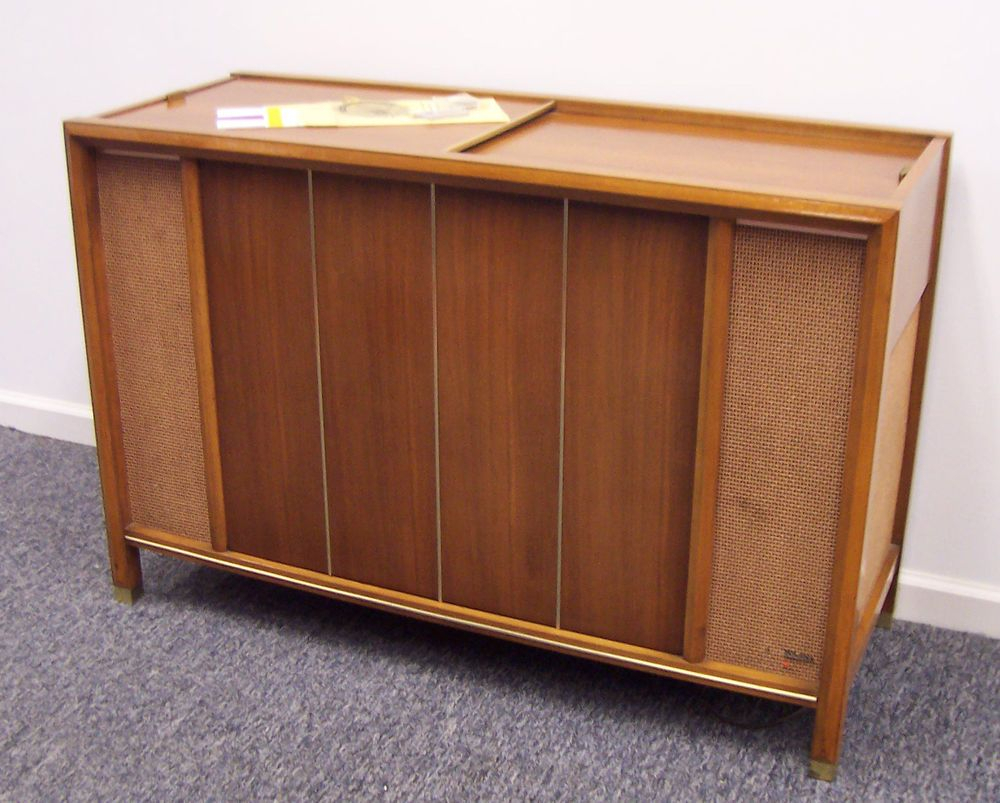 Mid Century Modern Magnavox Console Stereo Am Fm Imperial Intended For Most Recent Barr Credenzas (#13 of 20)