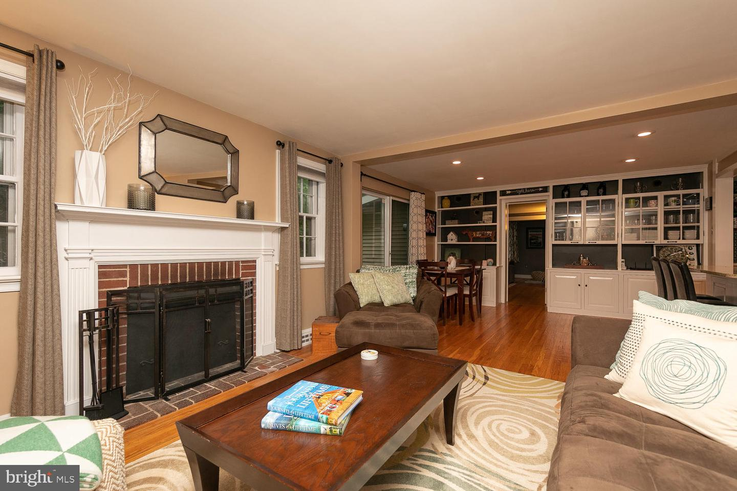 612 Bridle Rd Glenside Pa – Kelly Group Realtors Regarding Newcombe Warm Brown Windsor Rocking Chairs (#5 of 20)