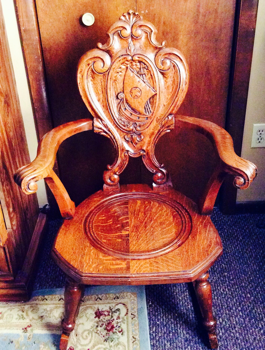 Antique Tiger Oak Rocking Chair With Carving Of Viking Type Throughout Oak Carved Rocking Chairs Chairs (#9 of 20)