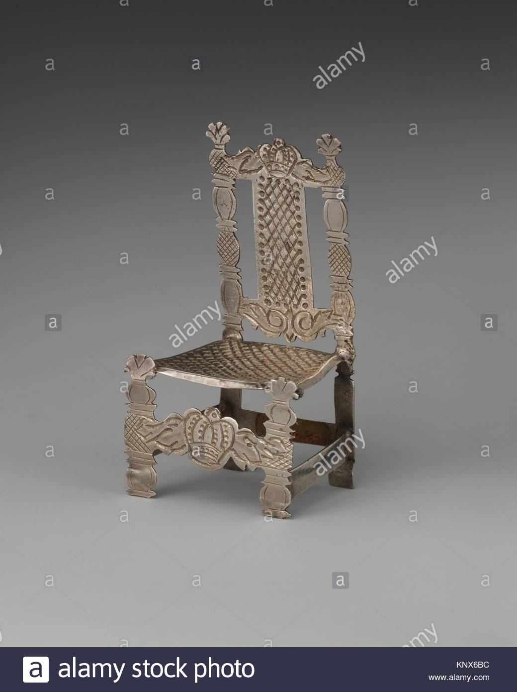 Crowned Chair Stock Photos & Crowned Chair Stock Images – Alamy Intended For Newcombe Warm Brown Windsor Rocking Chairs (#10 of 20)