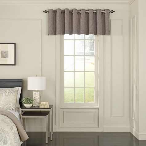 Beautyrest Arlette Scalloped Blackout Window Valance (52X18 Pertaining To Cyrus Thermal Blackout Back Tab Curtain Panels (#3 of 39)