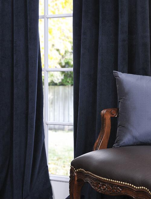Signature Midnight Blue Blackout Velvet Curtains On Popscreen Throughout Signature Blackout Velvet Curtains (#37 of 50)
