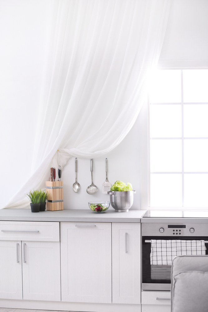 20 Kitchen Curtain Ideas That Are Seriously Drool Worthy Intended For Classic Kitchen Curtain Sets (View 3 of 50)