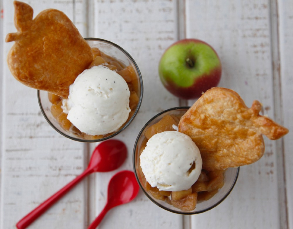 Apple Pie Cups Regarding Apple Orchard Printed Kitchen Tier Sets (View 12 of 50)