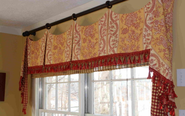 Astounding Country Living Kitchen Curtains High Style For Intended For Coastal Tier And Valance Window Curtain Sets (View 2 of 30)