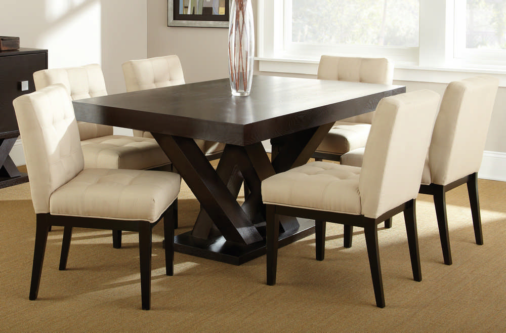 Best And Newest Loraine Extendable Dining Table Base Finish Black Within Hewn Oak Lorraine Pedestal Extending Dining Tables (#1 of 20)
