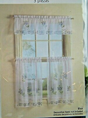 Collections Etc Springtime Birds And Blooms Rod Pocket Intended For Spring Daisy Tiered Curtain 3 Piece Sets (View 8 of 30)