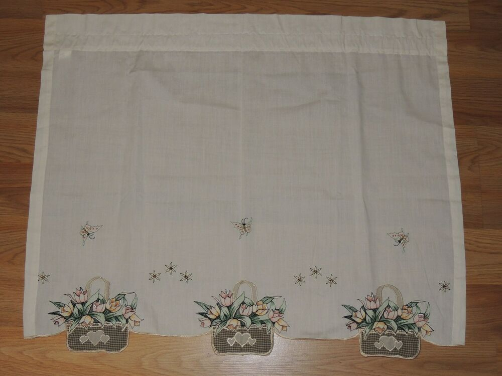Embroidered Tulip Basket Pair Tier Curtains Ecru 60 X 24 Green Floral  Butterfly | Ebay Regarding Dexter 24 Inch Tier Pairs In Green (View 4 of 30)