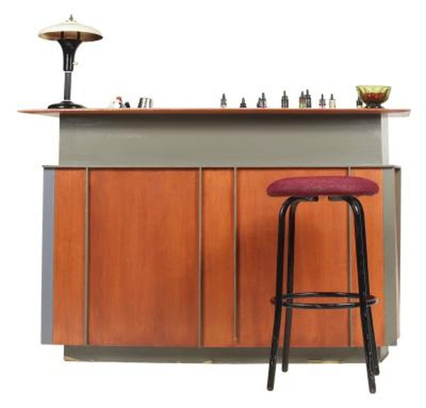 Hearst Bar Tables For Famous How To Choose The Materials & Size For Your Bar Stools (#5 of 20)