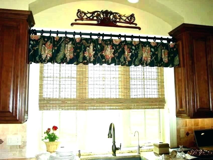Kitchen Bear Valance Curtains Moose And Glamorous Licious With Forest Valance And Tier Pair Curtains (View 16 of 30)