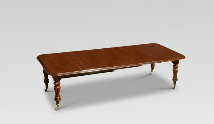 Most Popular James Adjustables Height Extending Dining Tables In Victorian Mahogany Extending Dining Table (#14 of 20)