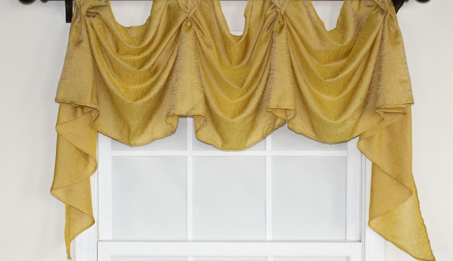 Pleate Kitchen Curtain Bedroom Swag Windows Patterns Bay Intended For Medallion Window Curtain Valances (#34 of 48)