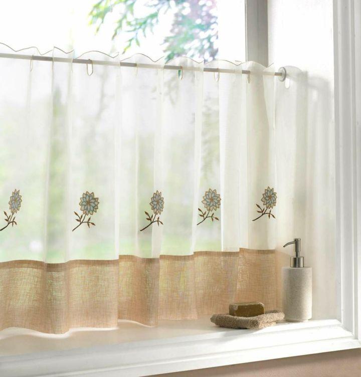 Praktische Küchenvorhänge Mit Verschiedenen Optionen Für For French Vanilla Country Style Curtain Parts With White Daisy Lace Accent (View 32 of 50)