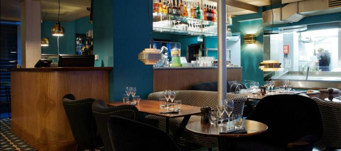 Recent Edgar, The Arty Restaurant Near Réaumur Sebastopol With Edgar Bar Tables (#19 of 20)