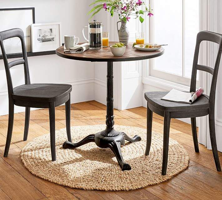 Popular Photo of Rae Round Pedestal Dining Tables