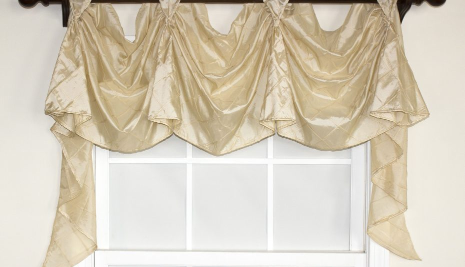 Set Bay For Valances Lace Valance Curtains Diy Pattern With Regard To Kitchen Burgundy/white Curtain Sets (#48 of 50)