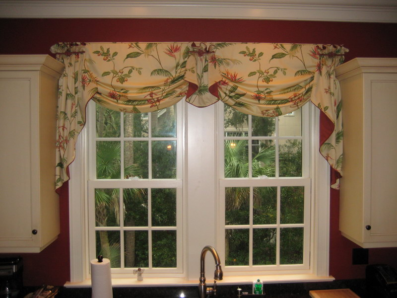 Waverly Kitchen Window Valances — Fredericbye Home Decor Throughout Waverly Felicite Curtain Tiers (View 39 of 45)