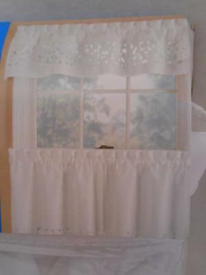 White 3 Piece Kitchen Curtains Valance & Tiers Cafe Curtains With Regard To Microfiber 3 Piece Kitchen Curtain Valance And Tiers Sets (View 9 of 30)