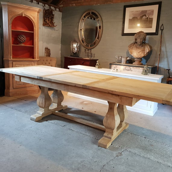 2019 Large Rustic Look Dining Tables For Large Rustic Style Elm Dining Table With Carved Legs (View 12 of 20)