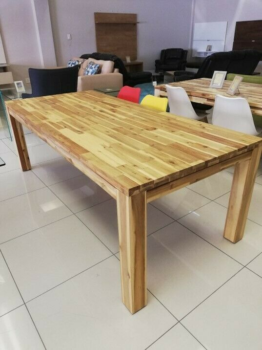 638696670 For Most Popular Unique Acacia Wood Dining Tables (#2 of 20)