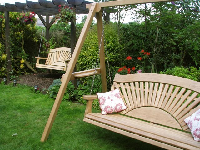 A Pair Of Sunrise Design Swing Seats (View 12 of 20)