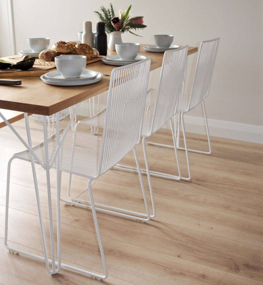 Best And Newest Rustic Mid Century Modern 6 Seating Dining Tables In White And Natural Wood Within Furniture Round Rustic Dining Room Rectangular Modern Table (#1 of 20)