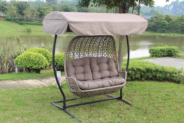 Best Porch Swings Reviews (45+ Outdoor Swings) 2020 Pertaining To Patio Loveseat Canopy Hammock Porch Swings With Stand (View 18 of 20)
