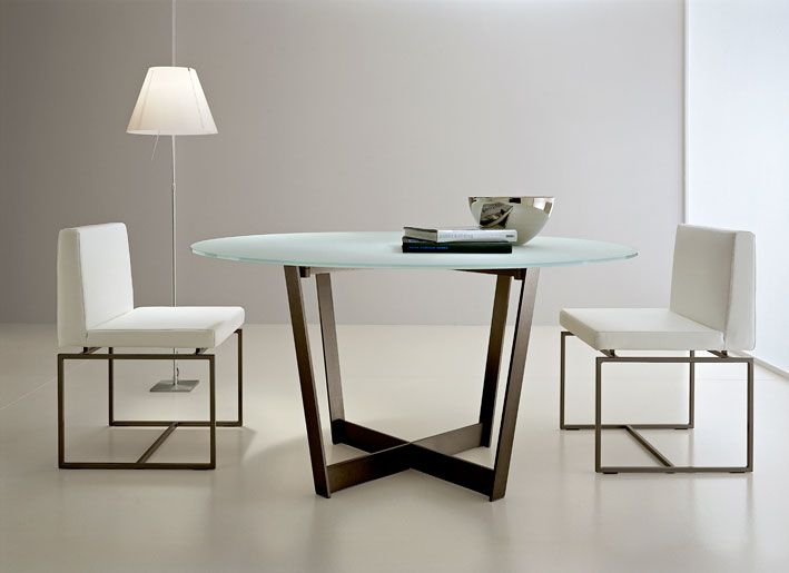 Contemporary Round Dining Table Contemporary Round Glass Top Pertaining To Favorite Modern Round Glass Top Dining Tables (#5 of 20)