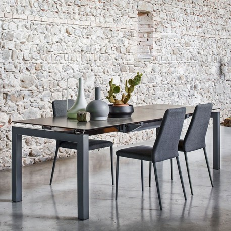 Famous Airport Tablecalligaris Intended For Modern Glass Top Extension Dining Tables In Matte Black (#6 of 20)