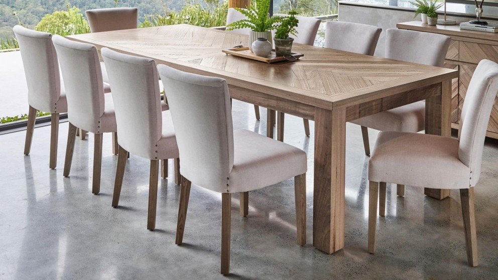 Harvey Inside Recent Rectangular Dining Tables (#8 of 20)