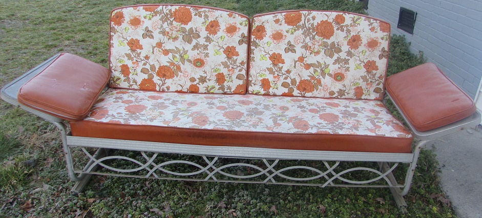 Metal Vintage Cushioned Porch Gliders,old Metal Gliders In Cushioned Glider Benches With Cushions (View 6 of 20)