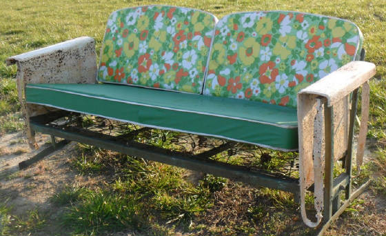 Metal Vintage Cushioned Porch Gliders,old Metal Gliders Within Cushioned Glider Benches With Cushions (View 12 of 20)