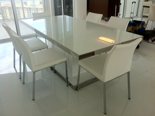 Most Popular Prestige White Glass & Stainless Steel Modern Rectangular Dining Table Inside Steel And Glass Rectangle Dining Tables (View 12 of 20)