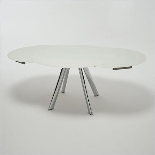 Most Up To Date Davis Dining Table (#16 of 20)