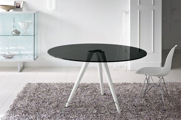 Smoked Oval Glasstop Dining Tables For 2020 Unity Dining Table With White Legs And Smoked Glass Top (View 13 of 20)