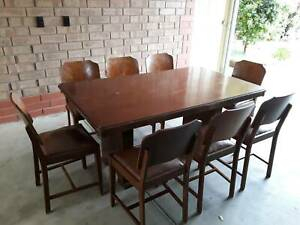Dining Tables (View 4 of 20)