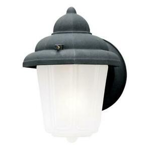 Popular Photo of Gillian 3 – Bulb Beveled Glass Outdoor Wall Lanterns