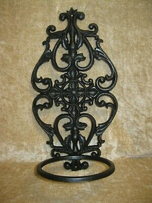 Vintage Cast Iron Wall Mount Plant Hanger 16 In (View 18 of 20)
